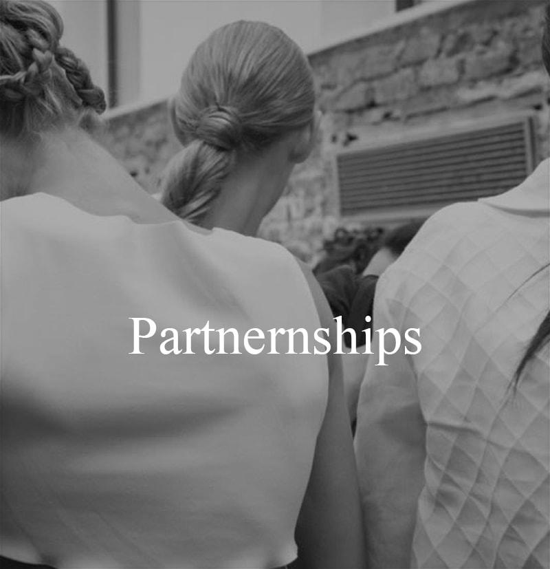 slide mobile Partnernships-min